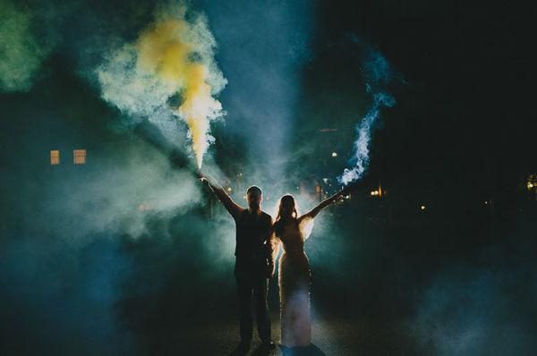 dumanlarla düğün fotoğrafı